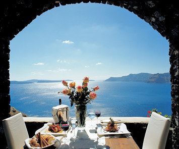 Lunch-over-the-aegean-2